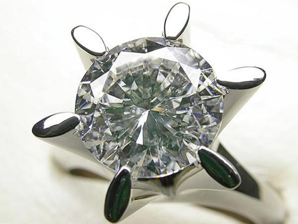 ノーブランドPt900ダイヤモンドリング