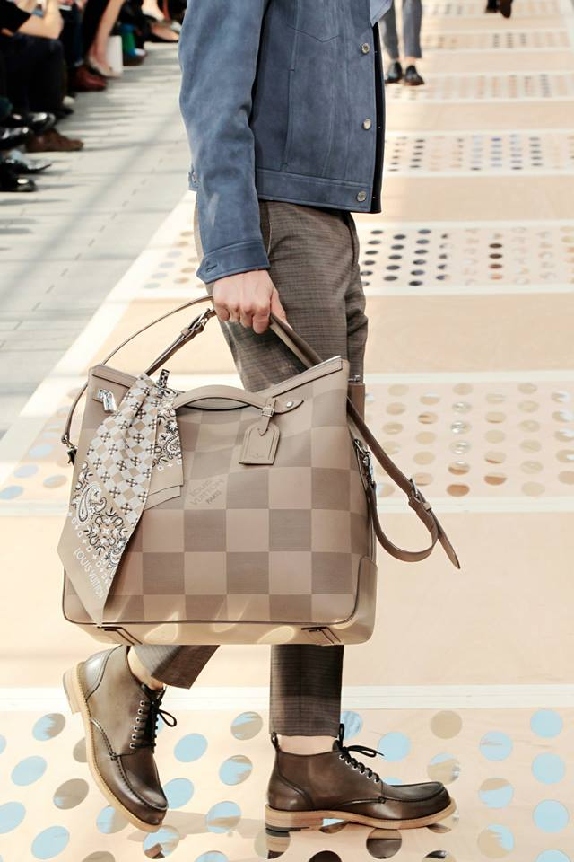 LV_spring-summer-2013-mens27 bag
