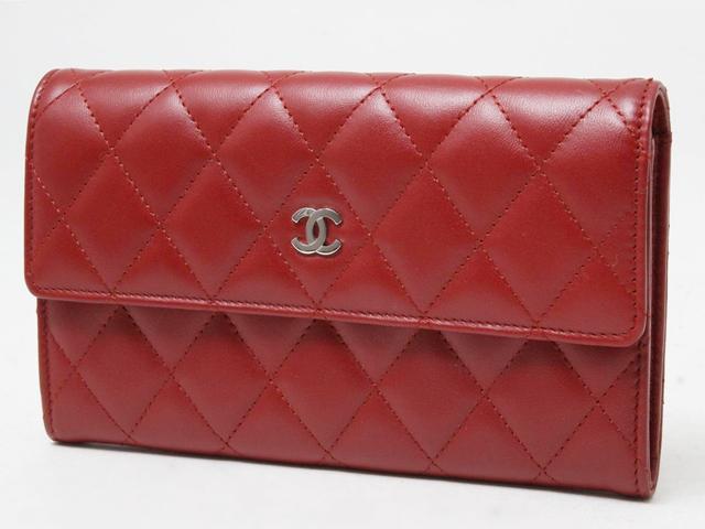CHANELマトラッセ財布